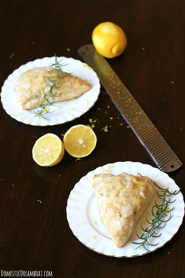 Whole wheat scones with lemon and rosemary - DomesticDreamboat