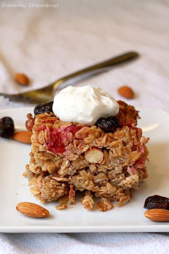 Cherry Almond Baked Oatmeal