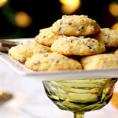 Chocolate Orange Ricotta Cookies - Domestic Dreamboat #cookies #dessert