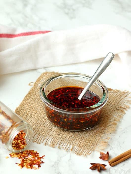 DIY Chili Oil - Domestic Dreamboat #hotsauce #chilioil #condiment #glutenfree