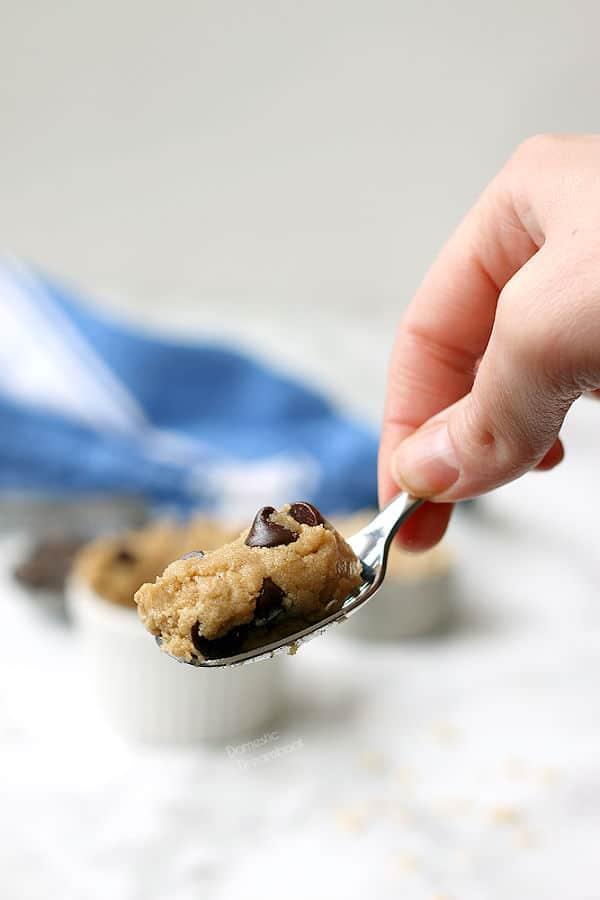 Small Batch Edible Cookie Dough - Domestic Dreamboat #glutenfree #cookiedough #chocolatechip